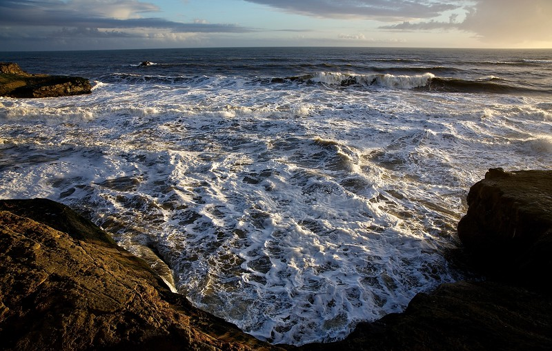 Ocean Turmoil. Santa Cruz