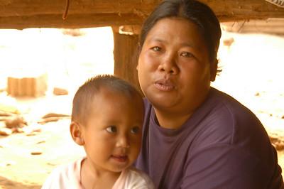Lisu mother and child
