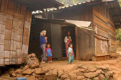 Yao Tribe Family