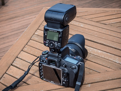 Nikon D600 with SB-700 flash