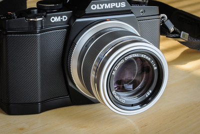 New OM-D E-M5 with 45mm f/1.8