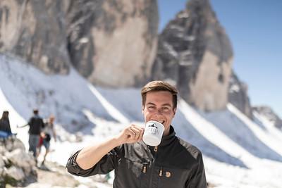 Yannick drinking coffée