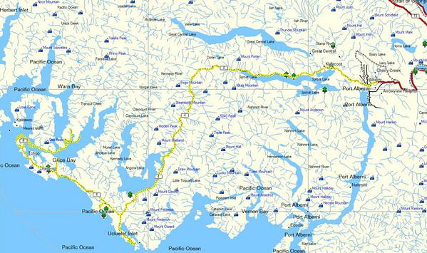 la route de Tofino à Port Alberni