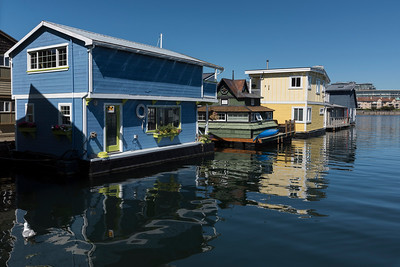 Colorful houseboats, Fisherman's Wharf, Inner Harbour, Victoria, Vancouver Island, British Columbia, Canada