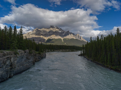 North Saskatchewan River with mountains in the background, Icefields Parkway, Jasper, Alberta, Canada