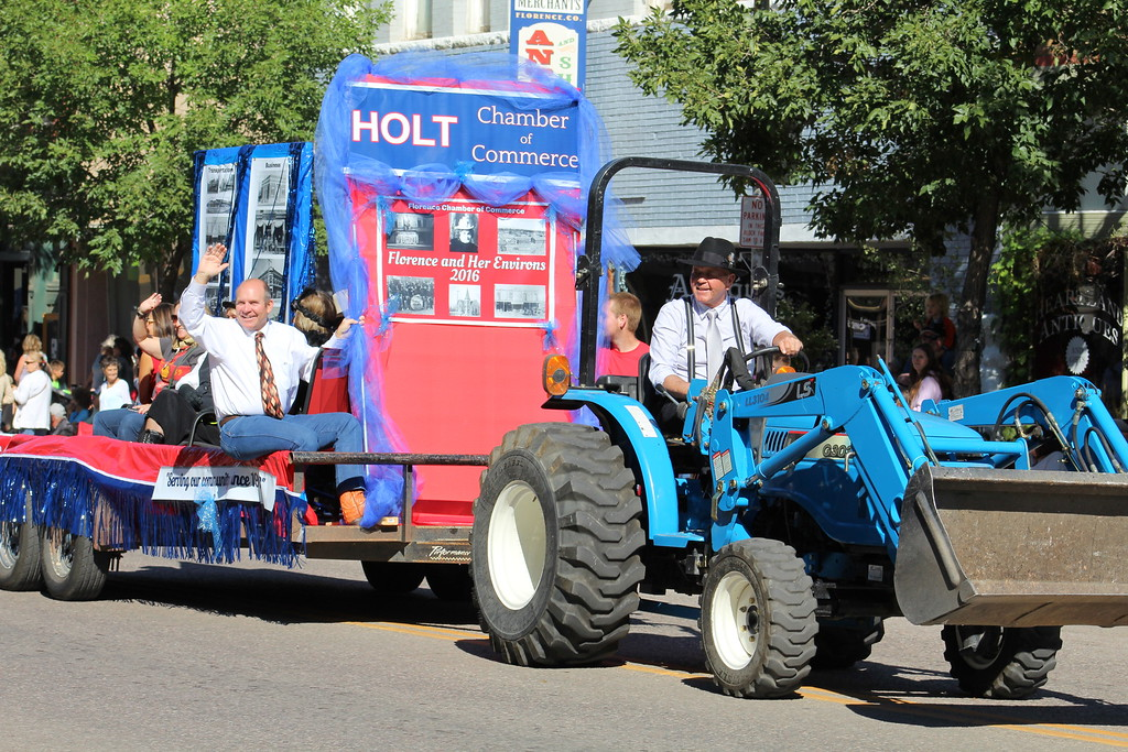". The Florence Chamber of Commerce put ""Holt\"" on its Pioneer Day Parade float. Holt is the fictional Colorado town where \""Our Souls at Night\"" takes place."