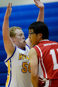 Jesse Campbell v Fountain Valley. Jeff Shane/ Daily Record