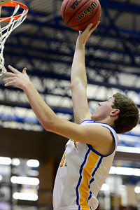 Husky Dennis Donley against Salida. Jeff Shane/ Daily Record