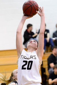 Tiger Amy Solis against Pueblo East. Jeff Shane/ Daily Record
