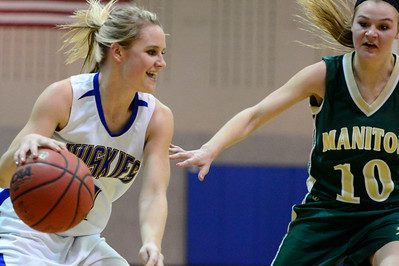 Husky junior Carly Chaney against Manitou Springs. Jeff Shane/ Daily Record