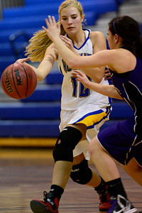 Huskies freshman Kaycee Franklin makes a move against Salida Friday in Florence. Jeff Shane/ Daily Record