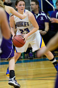 Husky Kenzie Gordon against Salida. Jeff Shane/ Daily Record