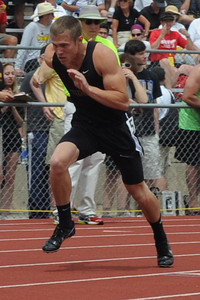 Zac McCoy during the 400-meter run on Saturday at the Class 4A state track and field meet at Jeffco Stadium in Lakewood. Brandon Hopper/Daily Record