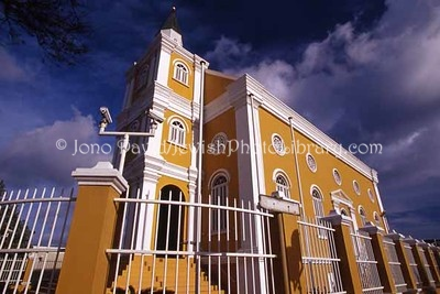 CURACAO, Willemstad. Temple Emanuel, former synagogue (consecrated 1867, deconsecrated 1964). (2007)