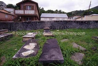 ST. THOMAS (US Virgin Islands), Charlotte Amalie. Savan Jewish Cemetery (consecrated ?1792). (2007)
