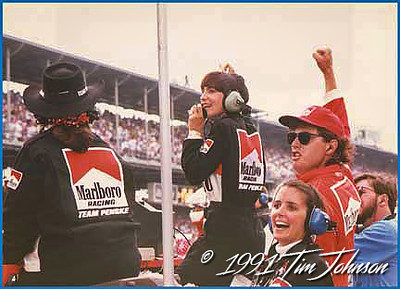 Malboro Racing Team Penske, Chris Mears cheers on husband Rick with just 10 laps to go. 1991 Indy 500