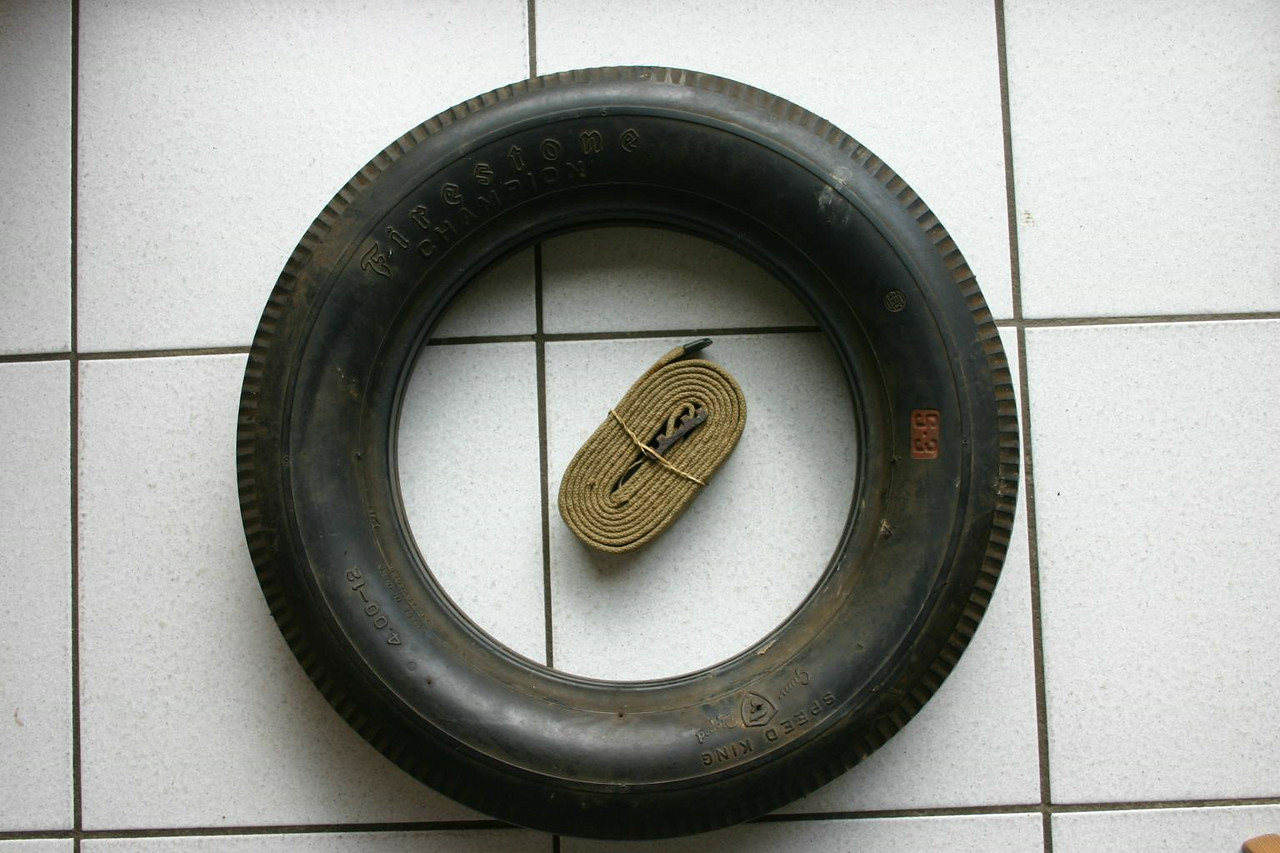 FIRESTONE <br /> <br /> SPEED KING 4.00-12 S3<br /> <br /> FOUND AT BELTRING (APPEARS TO BE N.O.S.)<br /> <br /> JOHAN