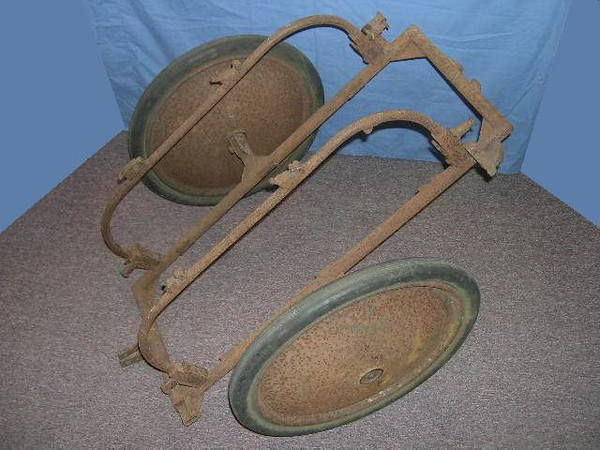"I picked up this signals cart in semi-relic condition, and I would like to restore it, but have been unable to find any photos or drawings of this type of cart. Does anybody have any pics and has anybody restored something like this before. Any pointers would really help.<br /> Thanks,<br /> Jim<br /> <br /> Member Gefreiter on MCF Forum. <a href=""http://www.militariacollecting.com/index.php?showtopic=69201&hl=cart"">http://www.militariacollecting.com/index.php?showtopic=69201&hl=cart</a>"