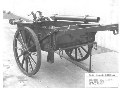 M2E2 WITH 81mm MORTAR CART