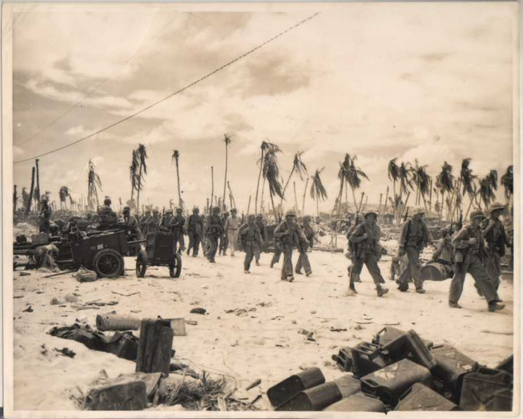 battle for Tarawa<br /> <br /> Photo on G503 posting.(gerrykan collection)