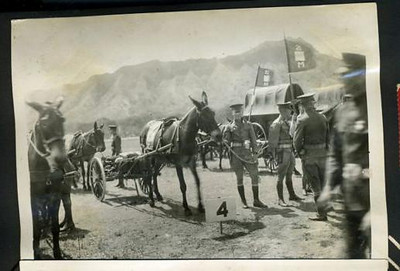 HAWAII PHOTO ALBUM WITH EXTENSIVE MILITARY  1924-26