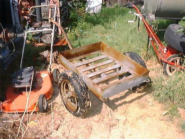 1943  RIA  M3A4 UTILITY CART  (WHERE IT WAS FOUND. ITS NOT MY BACK YARD)