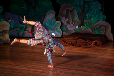"Khon performance ""Hanuman Presents the Ring"""