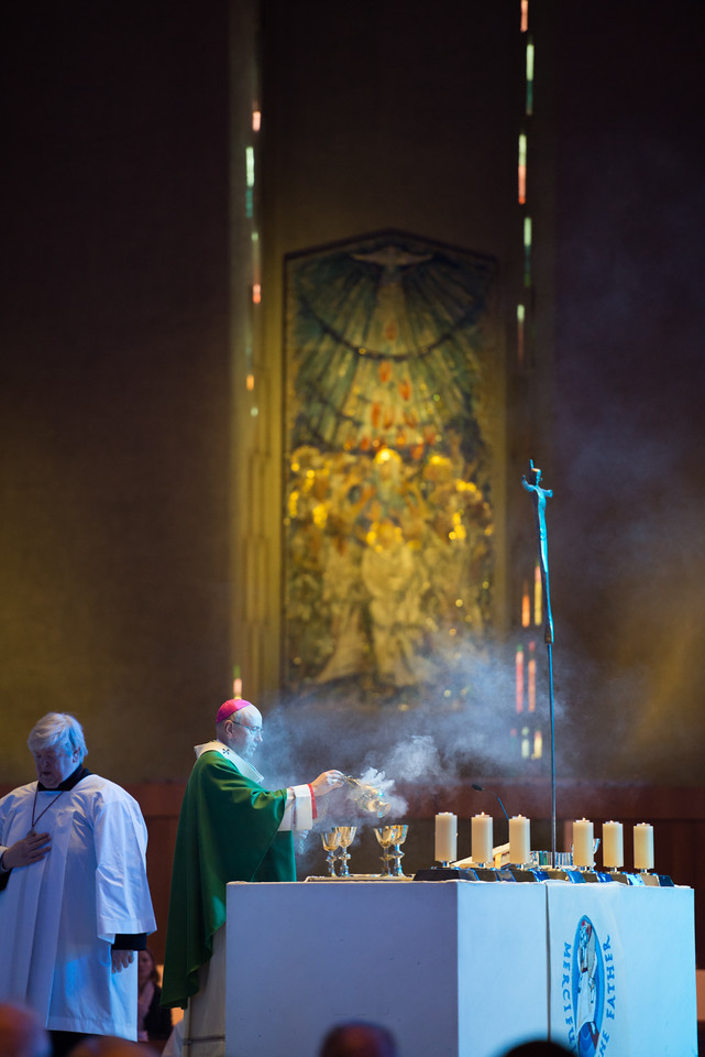 "Archbishop Malcolm McMahon celebrated the Annual Civic Mass in the Metropolitan Cathedral of Christ the King on Sunday 7 February 2016.  The Mass was attended by the Lord Mayor of Liverpool, Councillor Anthony Concepcion.  Picture by  <a href=""http://www.nickfairhurstphotographer.com"">http://www.nickfairhurstphotographer.com</a>"
