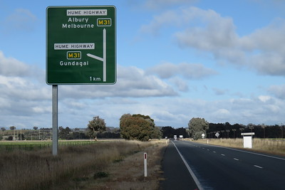 Approaching the Hume Highway.