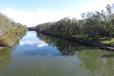 The Murray River. Crossing back into New South Wales.