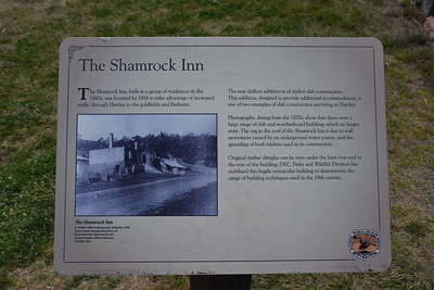 Shamrock Inn sign