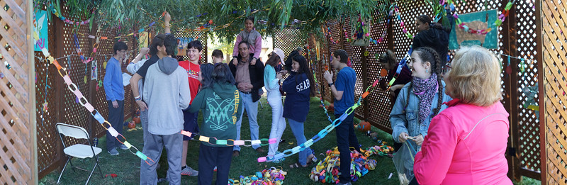 2017-10-01-raise the sukkah panorama2 SB