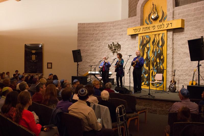 2015-12-13 CBE Hanukkah Concert and Dinner--3002