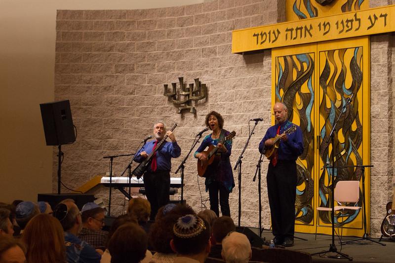 2015-12-13 CBE Hanukkah Concert and Dinner--3022-2