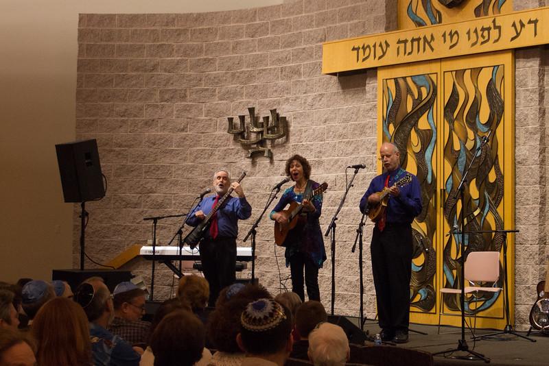 2015-12-13 CBE Hanukkah Concert and Dinner--3022-3