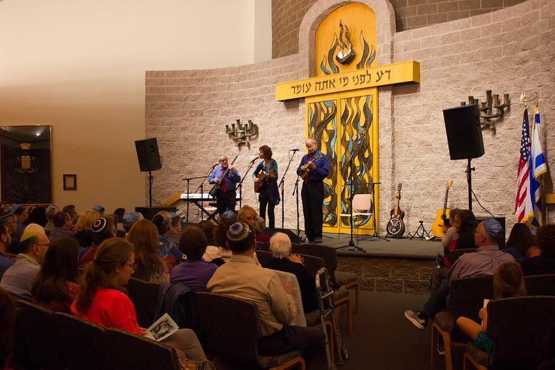 2015-12-13 CBE Hanukkah Concert and Dinner--3008