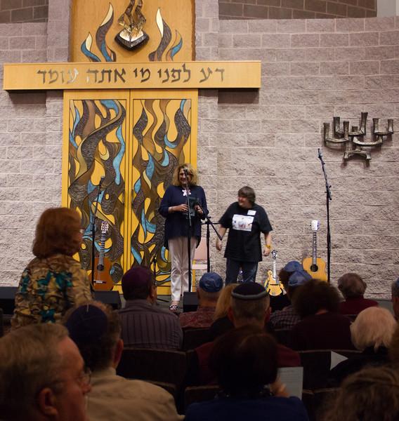 2015-12-13 CBE Hanukkah Concert and Dinner--2978