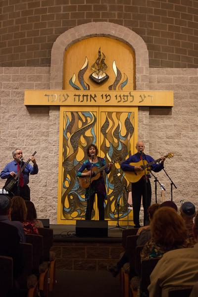 2015-12-13 CBE Hanukkah Concert and Dinner--3074