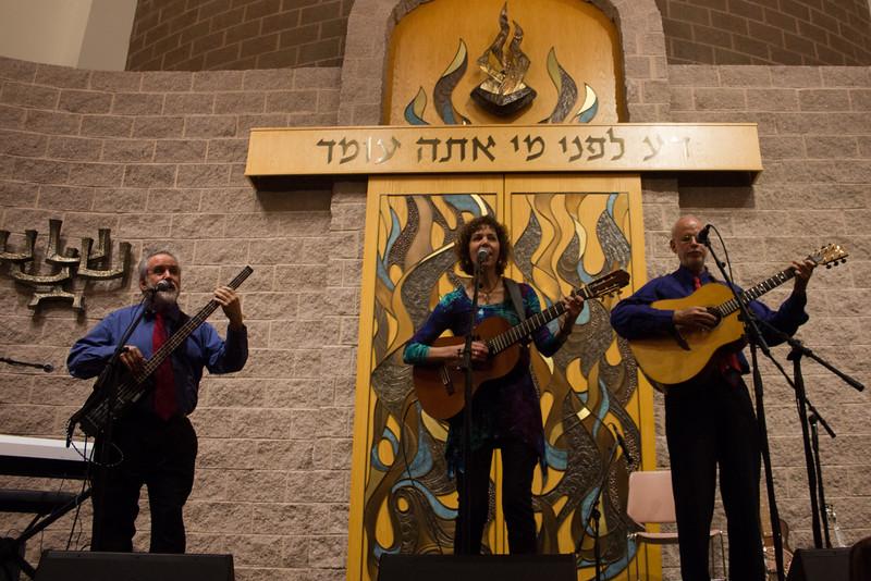 2015-12-13 CBE Hanukkah Concert and Dinner--3070