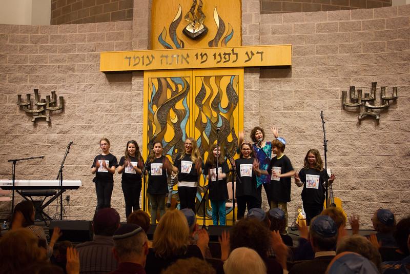 2015-12-13 CBE Hanukkah Concert and Dinner--3050