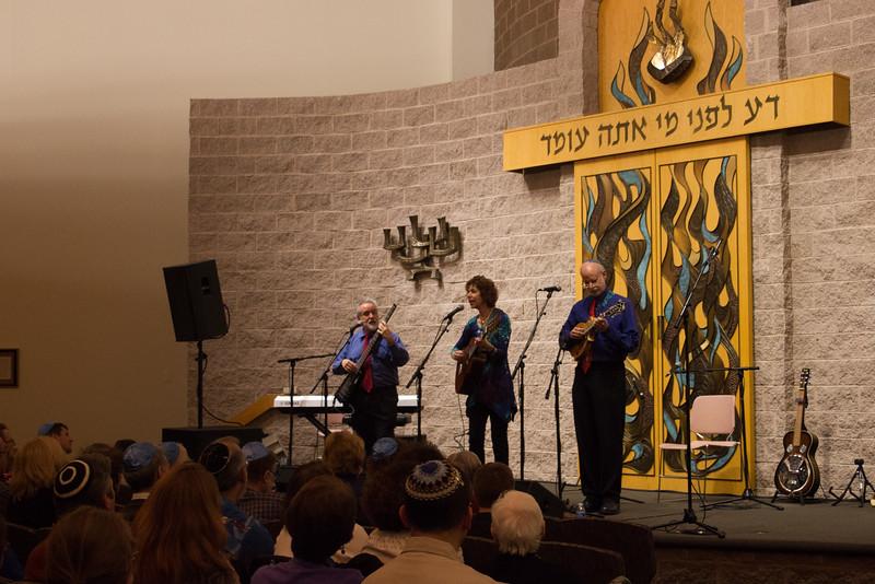 2015-12-13 CBE Hanukkah Concert and Dinner--3020