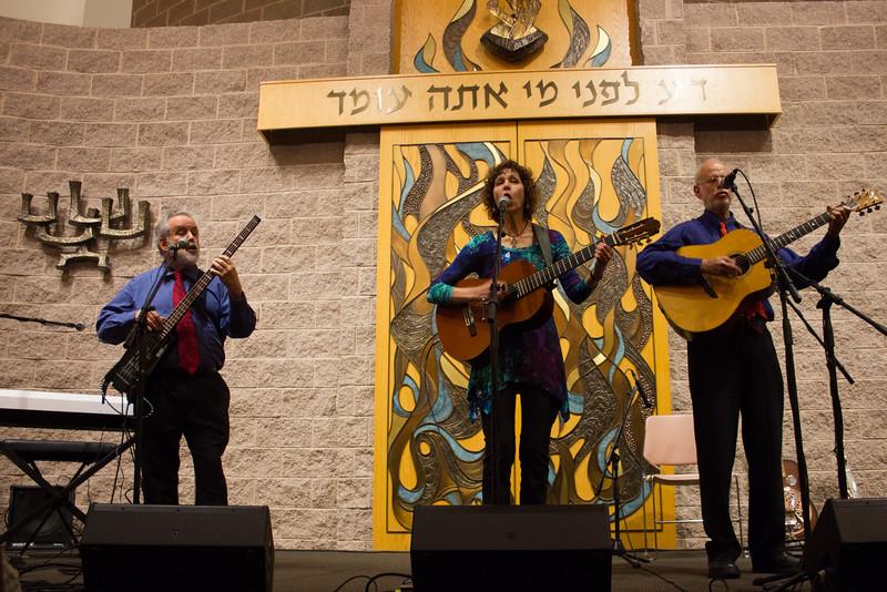 2015-12-13 CBE Hanukkah Concert and Dinner--3066