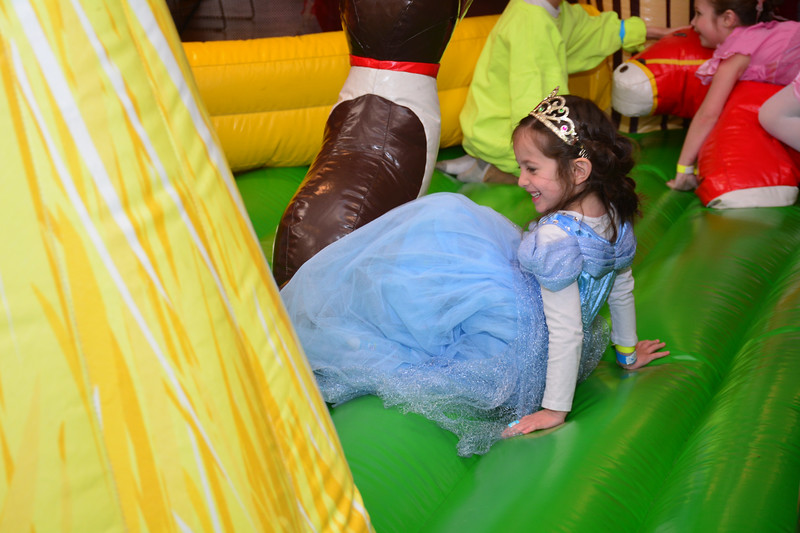 2017-03-12-Purim Carnival-IS-6312