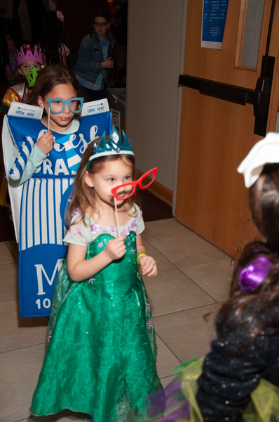 2019-03-17-Purim Palooza IrisS-0137