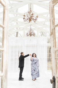 Stunning maternity session in a white glass house in Conroe, Texas