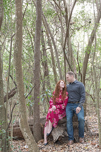 Pretty fall engagement session in Huntsville Texas