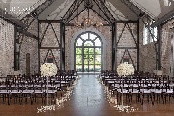 Elegant White and Silver wedding at Iron Manor in Montgomery, Texas