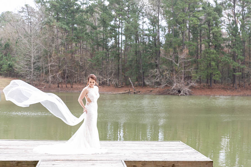 Pretty Bridals at Pine Lake Ranch in Montgomery Texas