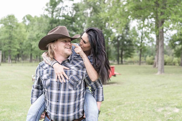 Cute Texas rustic engagement session at The Carriage House in Conroe, Texas