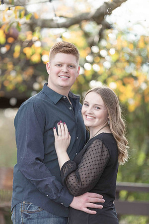 Cute Winter engagement session at The Carriage House in Conroe, Texas